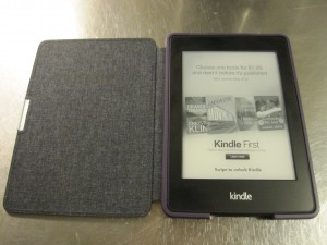 Kindle Paperwhite 2, in lockscreen